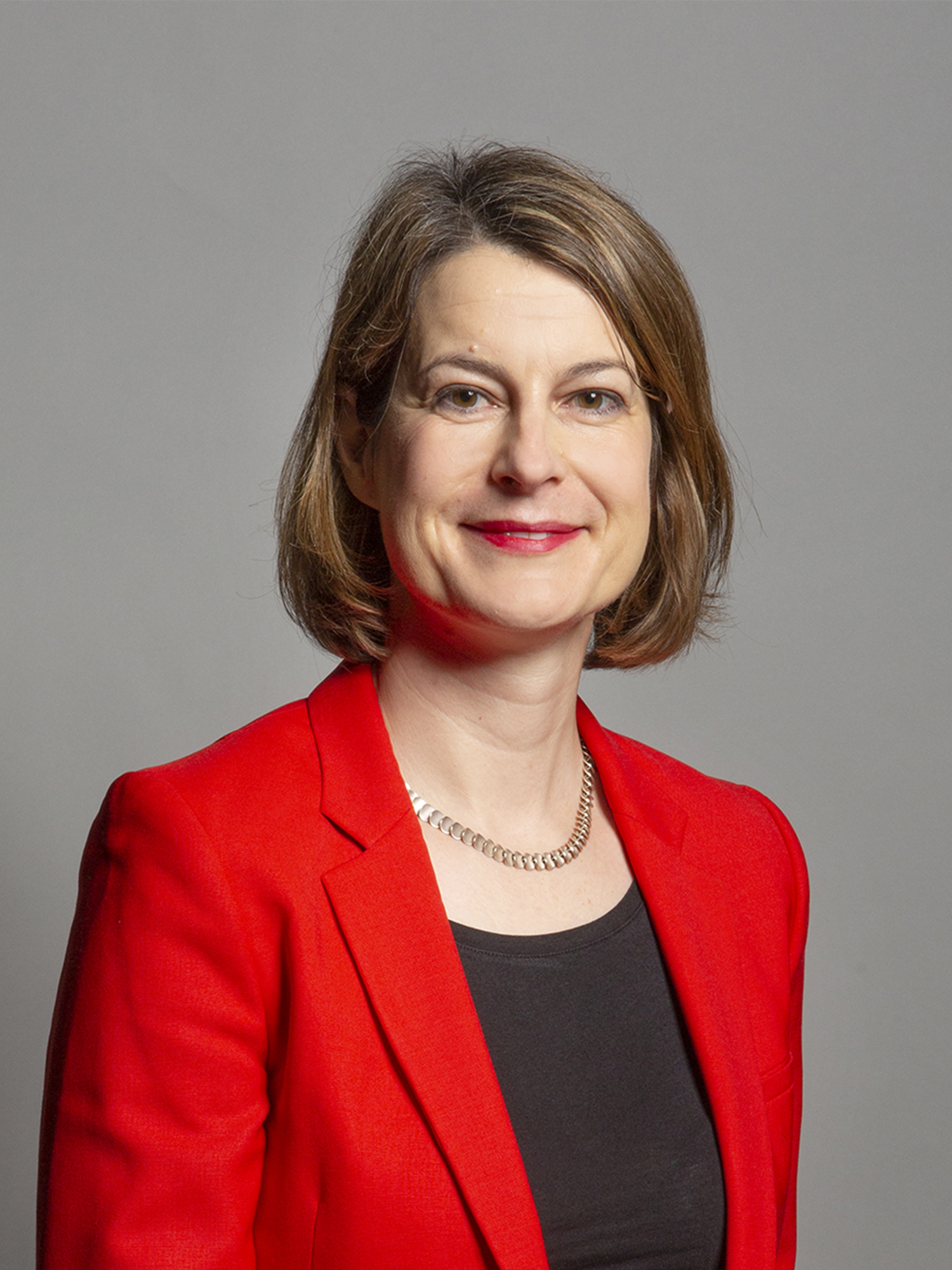 Official_portrait_of_Helen_Hayes_MP_crop_2